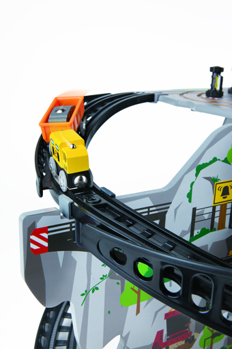 Detail of MUtable Mega Mountain Mine - Hape Toys
