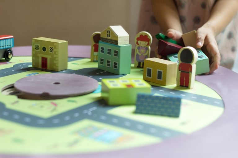 MUtable city landscape with wooden toys